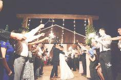 Six Hearts Photography | The Wright Farm Wedding Photography – Six Hearts Photography | http://sixheartsphotography.com