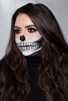Half Skeleton Face, Half Skeleton Makeup, Half Skull Makeup, Half Face Makeup, Halloween Skeleton Makeup, Easy Skeleton Makeup Tutorial, Makeup Looks Tutorial, Skull Makeup Tutorial, Creative Makeup Looks