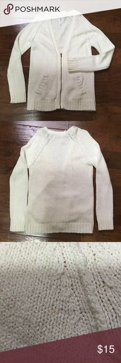 🚨SALE! Aeropostale Cream Oversized Cardigan Very comfy and perfect for all seasons! Thick material. Only worn a few times. A few spots on the sleeve and back (see pic) that aren't really noticeable and will probably come out, I just haven't tried. Size large. Aeropostale Sweaters Cardigans