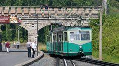 Drachenfelsbahn bei der Station Schloss Drachenburg