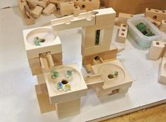 Elements for the marble run toy blocks