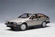 Alfa Romeo Alfetta GTV 2.0 (1980)   1:18 Scale Diecast Model Car by AUTOart   Front Quarter