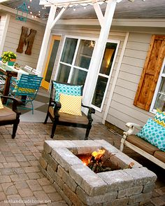 Would you like to have a fire pit in your back yard or patio?  This is an easy and inexpensive DIY project #backyard #pation