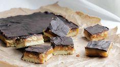 Fem turmat-tips til påsken - Godt.no Snickers Cake, Cookie Recipes, Dessert Recipes, Norwegian Food, Norwegian Recipes, English Food, Foods To Eat, Yummy Snacks, Vegan Desserts