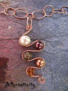 nice wire wrapping by Sizzlingchocobear37