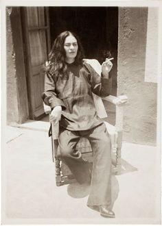 Cultura Inquieta - 50 antiguas fotografías de Frida Kahlo   http://www.culturainquieta.com/es/foto/item/6007-50-antiguas-fotografias-de-frida-kahlo.html