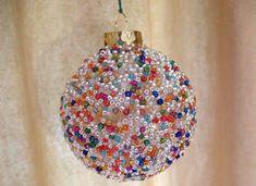 seed-bead-christmas-ornament-craft