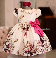 Baby fashion christmas little girls 67 Super Ideas African Dresses For Kids, Little Dresses, Little Girl Dresses, Girls Dresses, Flower Girl Dresses, Baby Girl Frocks, Frocks For Girls, Baby Frocks Designs, Kids Frocks Design