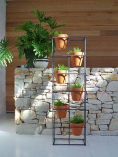 Vertical garden. An asymmetric design holding by IndustriaMetal