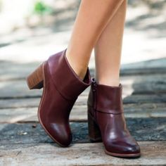 """MOVING SALE! oxblood booties BC Footwear // BAND bootie in OXBLOOD // LOOKS JUST LIKE THE RAG AND BONE BOOTIES!! // Brand New (without box) Material: manmade  Heel height: 3""""  Shaft: 6.5"""" Circumference: 10"""" BC Footwear Shoes Ankle Boots & Booties"""