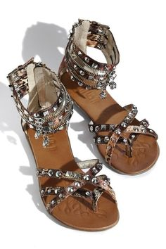 Gladiator sandals with studs