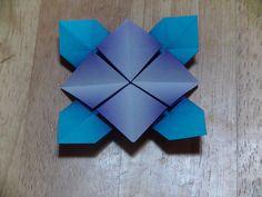 折り紙(おりがみ)・アジサイの折り方(A)