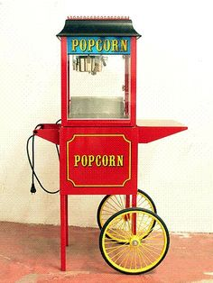 Carnival Theme Wedding Ideas: You cannot have a carnival without pop corn!