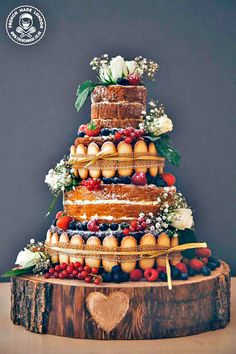 30 Ideas For Amazing Wedding Cakes ❤ See more: http://www.weddingforward.com/amazing-wedding-cakes/ #wedding #cakes