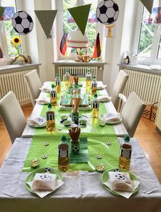 Fußball Kindergeburtstag Dekoration Table Settings, Table Decorations, Holiday Decor, Home Decor, Lion, Yoga, Bar, Candy Stations, Candy Buffet