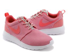 buy popular fb09b 82066 Nike Roshe Run Femme Chaussure couleur fleur de pêcher prix spécial Nike  Running, Running Shoes