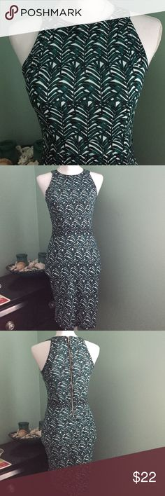 Leafed Dress Tight, chic dress that's casual and shoes off your curves. Gorgeous for a vacation in the tropics or to just walk around in anywhere you are. This could fit a petite small as well. Worn only once and kept in perfect condition. Comes a little below the knees. H&M Dresses Midi