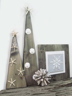 coastal wood christmas tree set, coastal christmas, christmas tree, wooden tree, starfish, sand dollar, coastal decor, nautical christmas, merry chirstmas