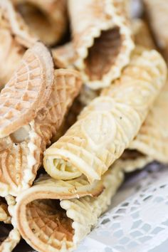 Traditional Italian Pizzelle Cookies Recipe