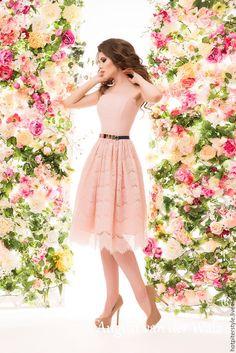 Купить Кружевное платье в мини длине - платье на выпускной ! - однотонный, модное платье