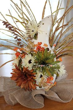 ~ Fall Flower Gourd ~ ............ Designs and inspiration for crafts using dried hardshell gourds... by Glamour Gourds