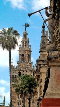 La Giralda. Sevilla. Spain. With Arturo Pérez-Reverte in The Seville Communion