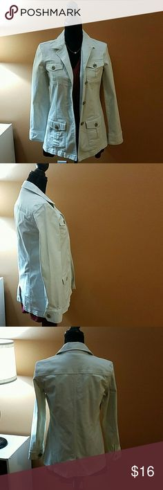 Talbots Stretch Jacket size 6 Off white color..3 button jacket..4 pockets on the front..size 6..this jacket is in mint condition. Freshly laundered and ready to go! Talbots Jackets & Coats