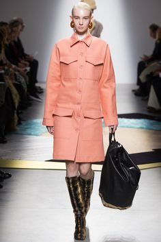 Acne Studios Fall 2014 Ready-to-Wear Fashion Show - Ronja Furrer (IMG)