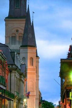 There's just something magical about the #FrenchQuarter. #jwnola