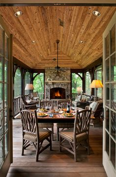 This makes me want to start the floor plans for our country home. right MEOW! Awesome screened in porch idea:) Rustic Family Room Design, Pictures, Remodel, Decor and Ideas - page 165 by Sacagawea House Design, Home, Patio Style, Family Room Design, Porch Design, New Homes, Log Homes, Porch, Rustic House