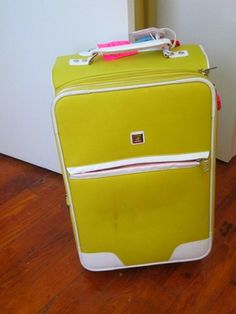 Packing a Carry-On for a Two Week Europe Trip. Or any longer vacation. Good lesson in packing less and layering more. Oh I need this for our Europe trip this summer! Packing For Europe, Packing Tips For Travel, Travel Checklist, Travel Ideas, Oh The Places You'll Go, Places To Travel, Travel Stuff, All I Ever Wanted, European Vacation