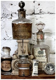 Love these beautiful vintage apothecary glass jars.