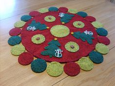 Christmas Penny Rug by Lisa'sPennies, via Flickr
