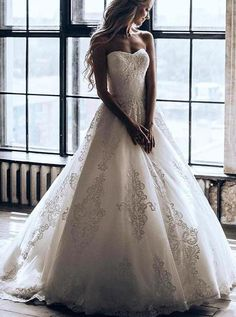Find the strapless wedding dresses, elegant bridal gown for your big day, Buy Princess Strapless Ball Gown Wedding Dress With Appliques fit comfortably and looked so gorgeous. Disney Wedding Dress, Strapless Lace Wedding Dress, Princess Wedding Dresses, Bridal Dresses, Princess Gowns, Perfect Wedding Dress, Mermaid Wedding, Vintage Lace Weddings, Rustic Wedding Dresses