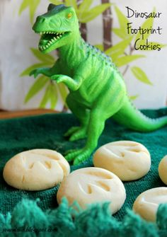 Jo and Sue: Dinosaur Footprint Cookies. Make sugar cookies tons more fun..... invite the dinosaurs to help!