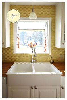 cottage-style ranch kitchen: yellow penny tile backsplash