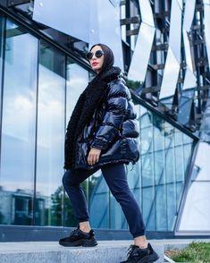 Модные женские пуховики сезона осень-зима 2019/2020 года | Новости моды Winter Jackets, Womens Fashion, Style, Pictures, Winter Coats, Swag, Winter Vest Outfits, Women's Fashion, Woman Fashion