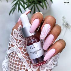Szukacie sposobów na idealne skórki? Wybierzcie oliwki z kolekcji Magnificent Oil, które w mig nawilżą i zregenerują Wasze skórki, a do tego zaskoczą Was przepięknymi zapachami!   #nails #nail #nailsart #nailart #nailsartist #nailartist #nails2inspire #nailsinspirations #nailsdesign #nailswag #nailsoftheday #rosenails #pinknails #mani #manicure #manicurehybrydowy #paznokcie #paznokciehybrydowe #paznokcieżelowe #hybrydy #hybryda #pazurki #różowepaznokcie #efektsyrenki Latest Nail Art, Nails, Manicure, Nail Polish, Nail Ideas, Trends, Beauty, Nail Bar, Beleza