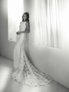 Rua Wedding Dress from Atelier Pronovias Wedding Robe, Lace Wedding Dress, Bridal Wedding Dresses, Dream Wedding Dresses, Designer Wedding Dresses, Lace Dress, Wedding Blog, Simple Elegant Wedding Dress, Pronovias Wedding Dress
