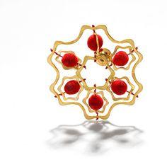 """KIRSTEN CLAUSAGER-DK , """"Broche"""", 2002 #smykker #jewelry"""