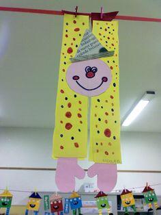 arriva carnevale Clown Crafts, Circus Crafts, Carnival Crafts, K Crafts, Circus Art, Alphabet Crafts, Crafts To Do, Preschool Crafts, Crafts For Kids
