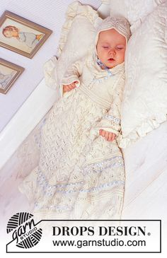 DROPS Baby - The set comprises: Christening gown, bonnet and jump suit. - Free pattern by DROPS Design Baby Knitting Patterns, Knitting For Kids, Baby Patterns, Free Knitting, Christening Outfit, Christening Gowns, Baptism Outfit, Crochet Girls, Knit Crochet