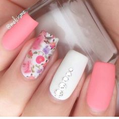 Pretty nails by featured Swarovski crystals are available at… Fabulous Nails, Gorgeous Nails, Toe Nails, Pink Nails, Luxury Nails, Nagel Gel, Creative Nails, Trendy Nails, Nails Inspiration