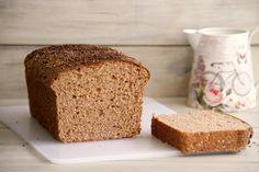 Pan integral con cerveza negra y dátiles - MisThermorecetas