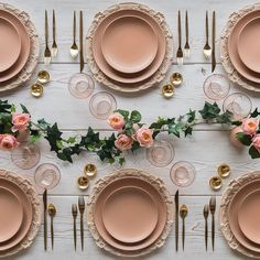 Another superbly styled table by @casadeperrin. Almost like it was made for us. I wonder if I'll get away with blush dinnerware for my Christmas table? . #fearlessauthentic