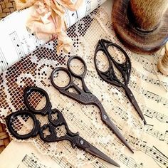 #Antique vintage style craft #embroidery cross stitch decoraive #scissors,  View more on the LINK: 	http://www.zeppy.io/product/gb/2/181664970101/