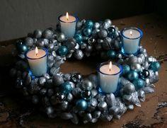 Adventskranz-weiße Kerzen