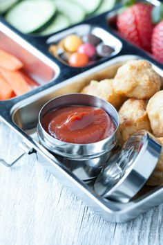 A Paleo ketchup recipe using spices, dates, and tomato puree. It's even kid approved!