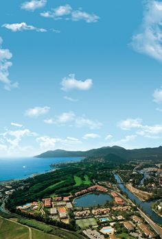 Vue aérienne du MMV Resort  **** Cannes-Mandelieu