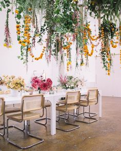 Love is in the Air! Hanging Floral Installation Ideas for the Wedding – Bexx Secret Garden Love is in the Air! Hanging Floral Installation Ideas for the Wedding Love is in the Air! Hanging Floral Installation Ideas for the Wedding – Green Wedding Shoes Flower Garlands, Flower Decorations, Hanging Wedding Decorations, Ikebana, Floral Wedding, Wedding Flowers, Marigold Wedding, Flower Installation, Floral Chandelier